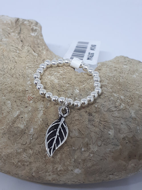 Sterling silver strechable ball bead ring with leaf charm - size N