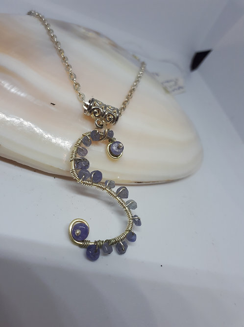 Silver-plated Wirework S Tanzanite necklace