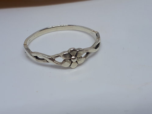 Sterling silver flower ring - UK size R