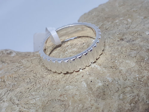 Sterling silver band ring 3.60grams - UK size N