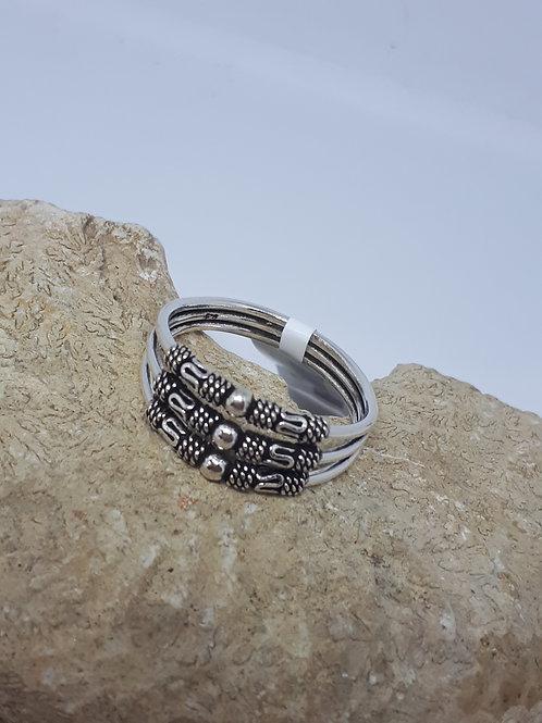 Sterling silver three strand ring