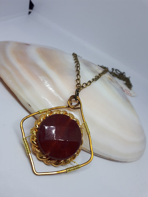 Vintage styled faceted red agate pendant necklace
