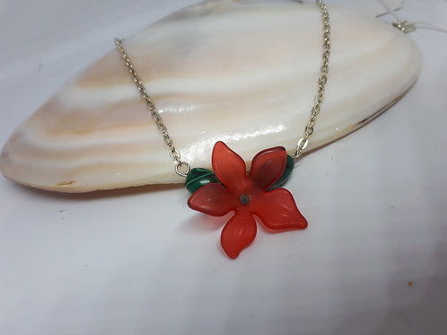 Silver plated green dyed howlite and lucite flower necklace
