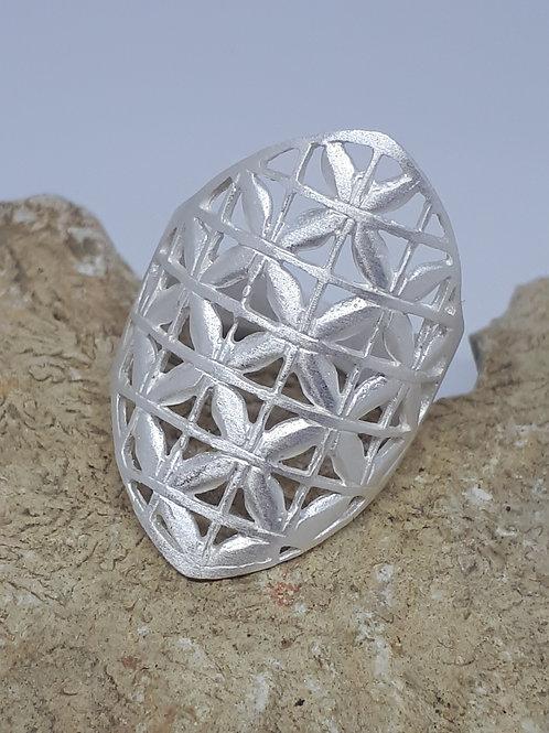 Sterling silver matt finish ring 4.30 grams