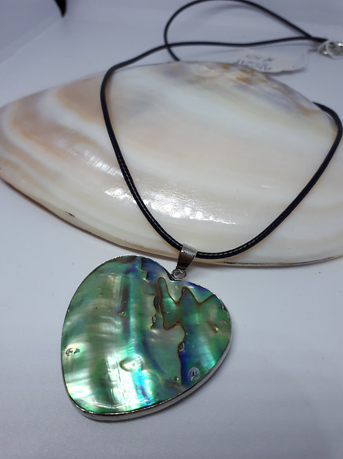 Abalone shell/mother of pearl heart necklace