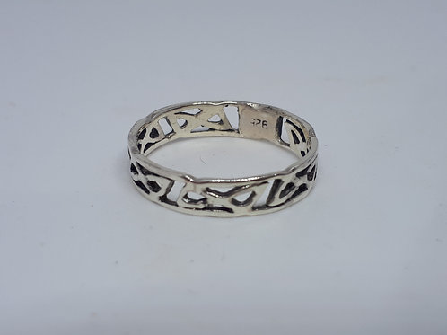 Sterling silver celtic band ring - UK size J