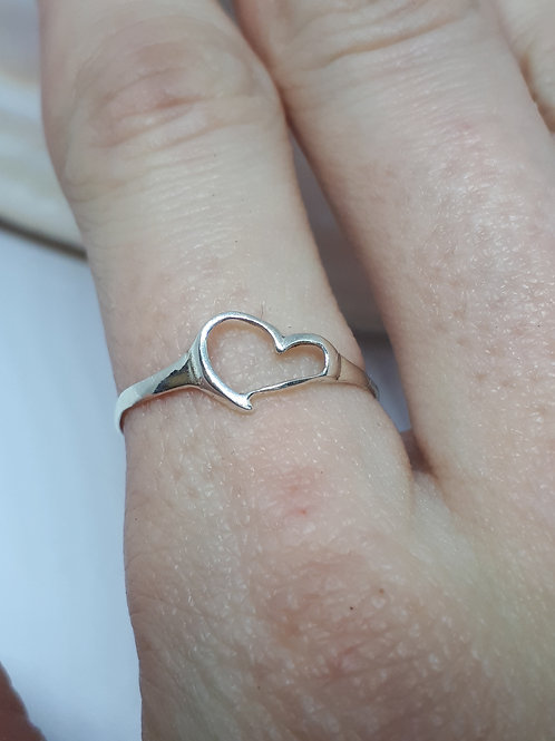 Sterling silver wonky heart ring - UK size P