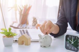 money-savings-concept-WNJ644J.jpg