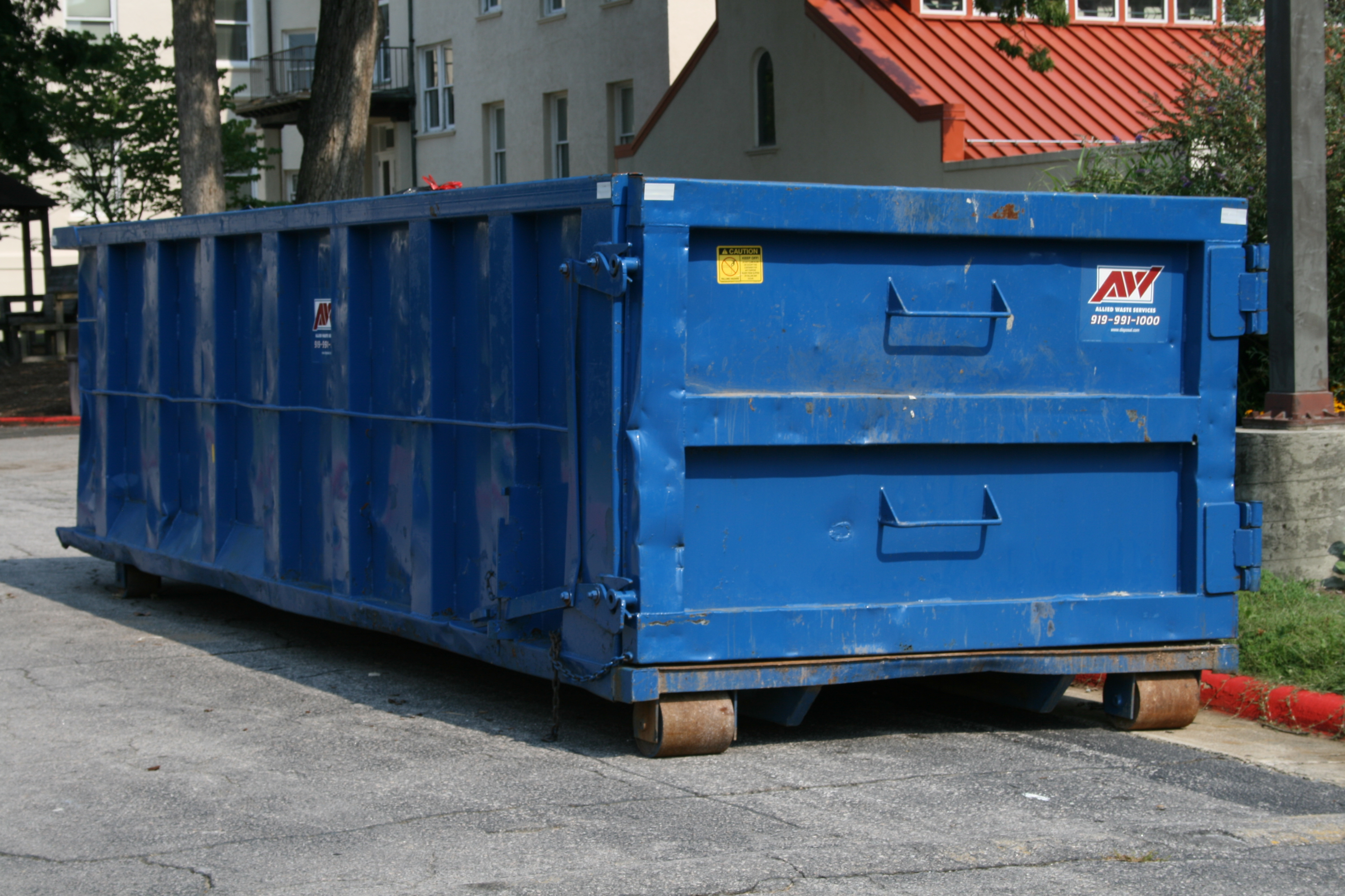 2008-07-12_Blue_AW_trash_container_at_NCSSM.jpg