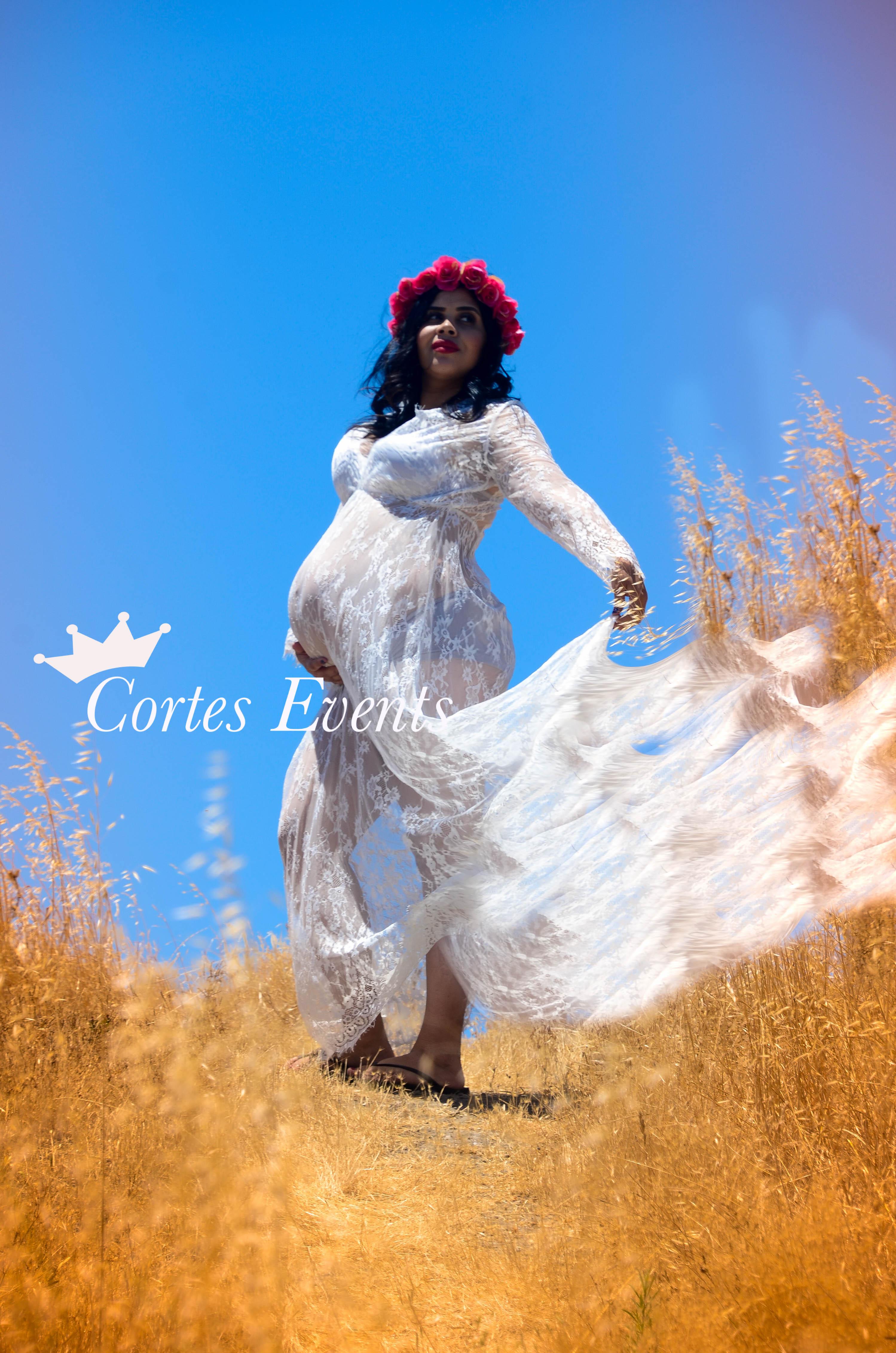 Esmeralda Maternity Photo Shoot
