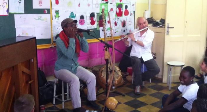 ISJA - DKR - MUSIQUE - Rencontre avec l'artiste Pape Dieye 2/3