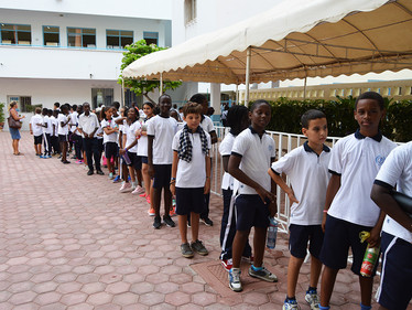 Les élèves du réseau de Dakar et de Saly fêtent l'attribution des JO 2024 à Paris !