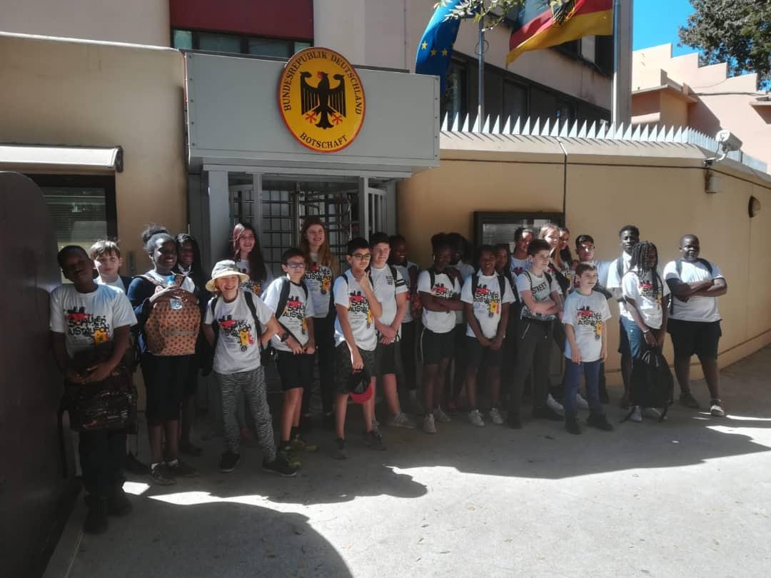 Ecole Helmut Schmidt d'Usingen (Allemagne) à l'ambassade d'Allemagne au Sénégal