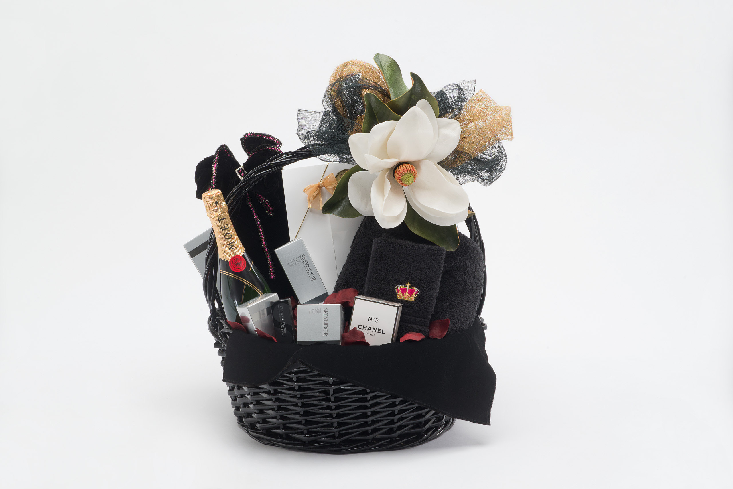 White & Rose Gold Ring+Roses+Versace+Limo+Basket+Hamper+Pampering