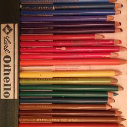 #שלושהעפרונותצהובים