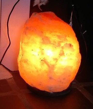 Himalayan salt crystal lamp 5-7 kg
