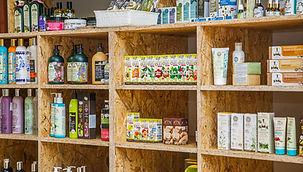 Produkty na regale sklepowym