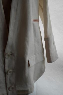shirt jacket / linen