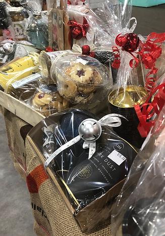 hampers & gift baskets