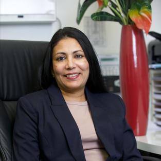 Dr Rozneen Mustafiz