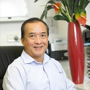 Dr Max Wong