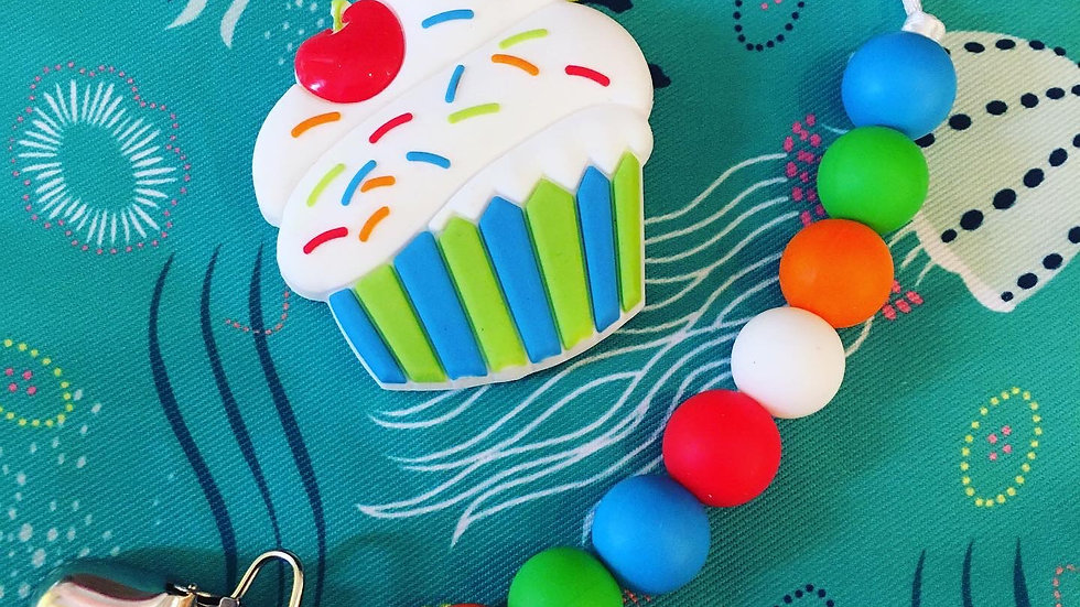 Swoon Baby Chews - Cupcake Chew Clip