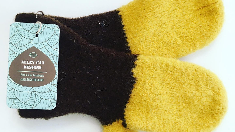 Alley Cat Designs Knitted Large Mitts