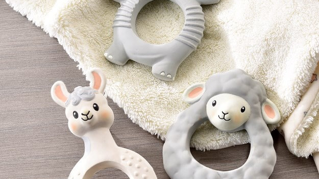 Lil' Llama Natural Rubber Teething Ring