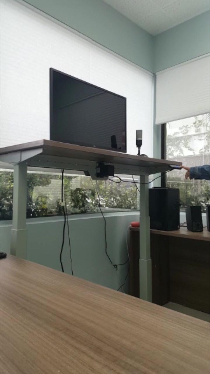 Desk.mov