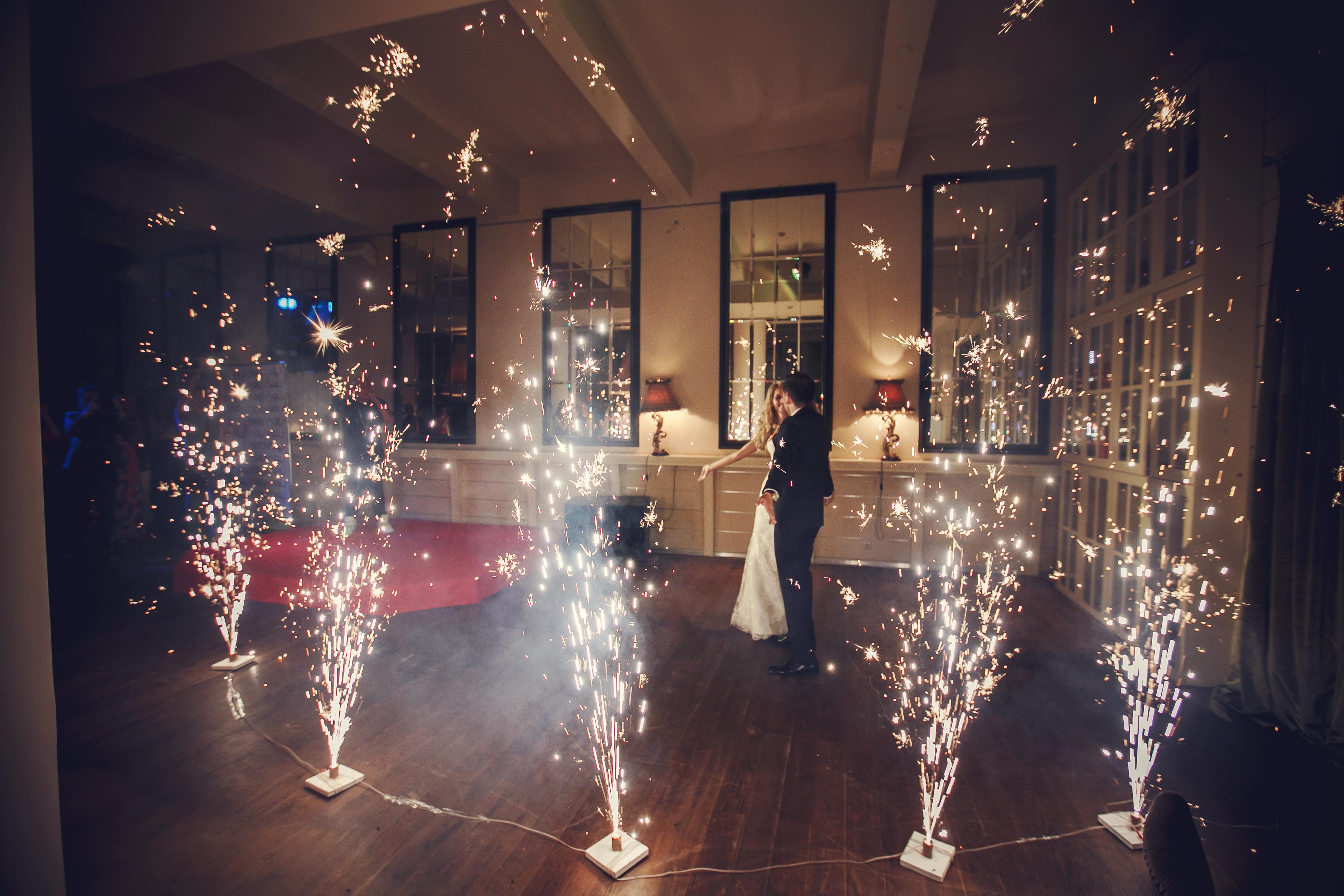 Фото 9 свадьба в Москве в оранжевом цвете | ведущая свадьбы - Катрин Моро