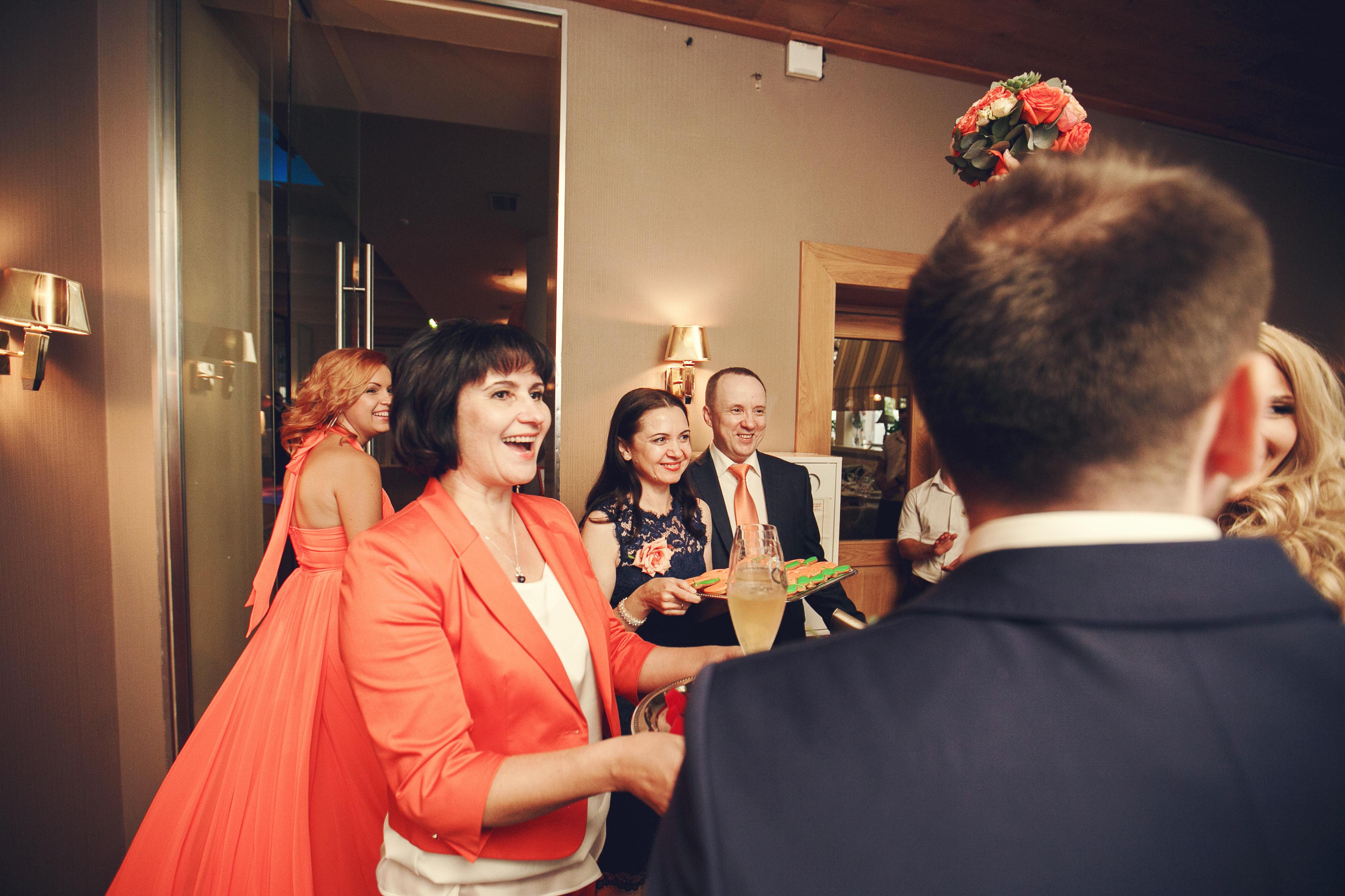 Фото 12 свадьба в Москве в оранжевом цвете | ведущая свадьбы - Катрин Моро