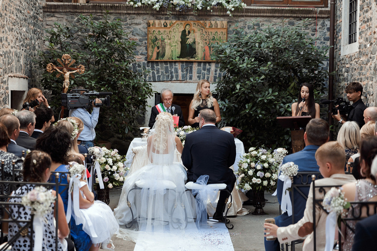 Фото 14 свадьба в замке в Италии | Виктория и Дастин | ведущая свадьбы на английском и итальянском я