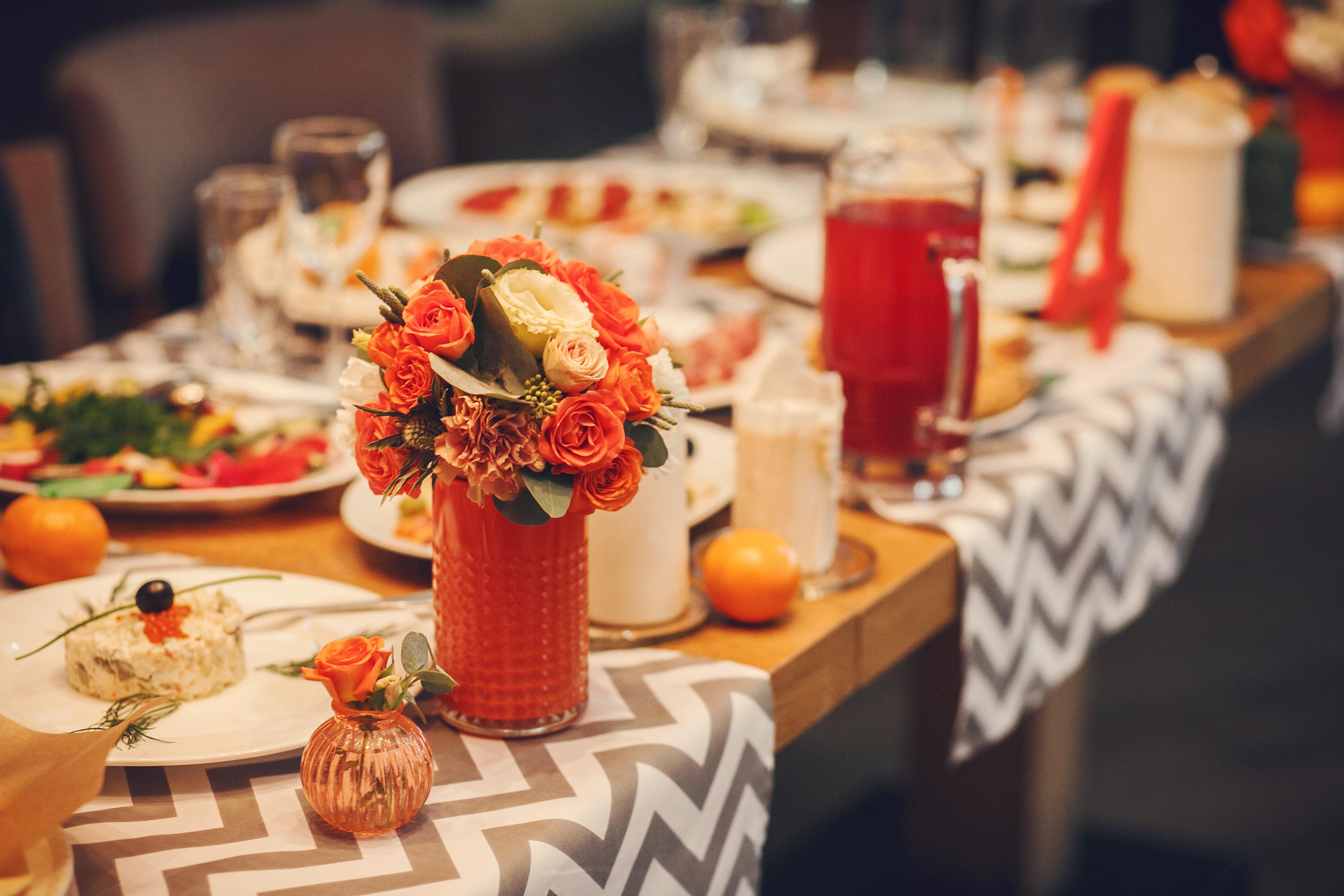 Фото 8 свадьба в Москве в оранжевом цвете | ведущая свадьбы - Катрин Моро