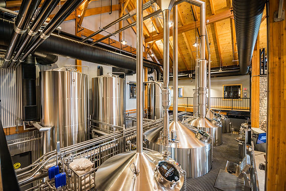 Cowbell Brewhouse - view from catwalk.jp