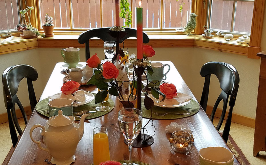 breakfast_table-setting.jpg