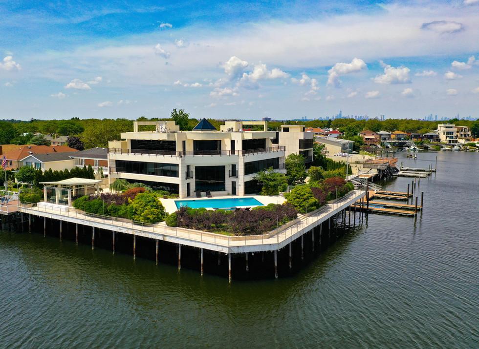 Beautiful Waterfront Mansion
