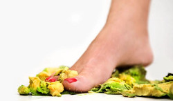 foot food crushing