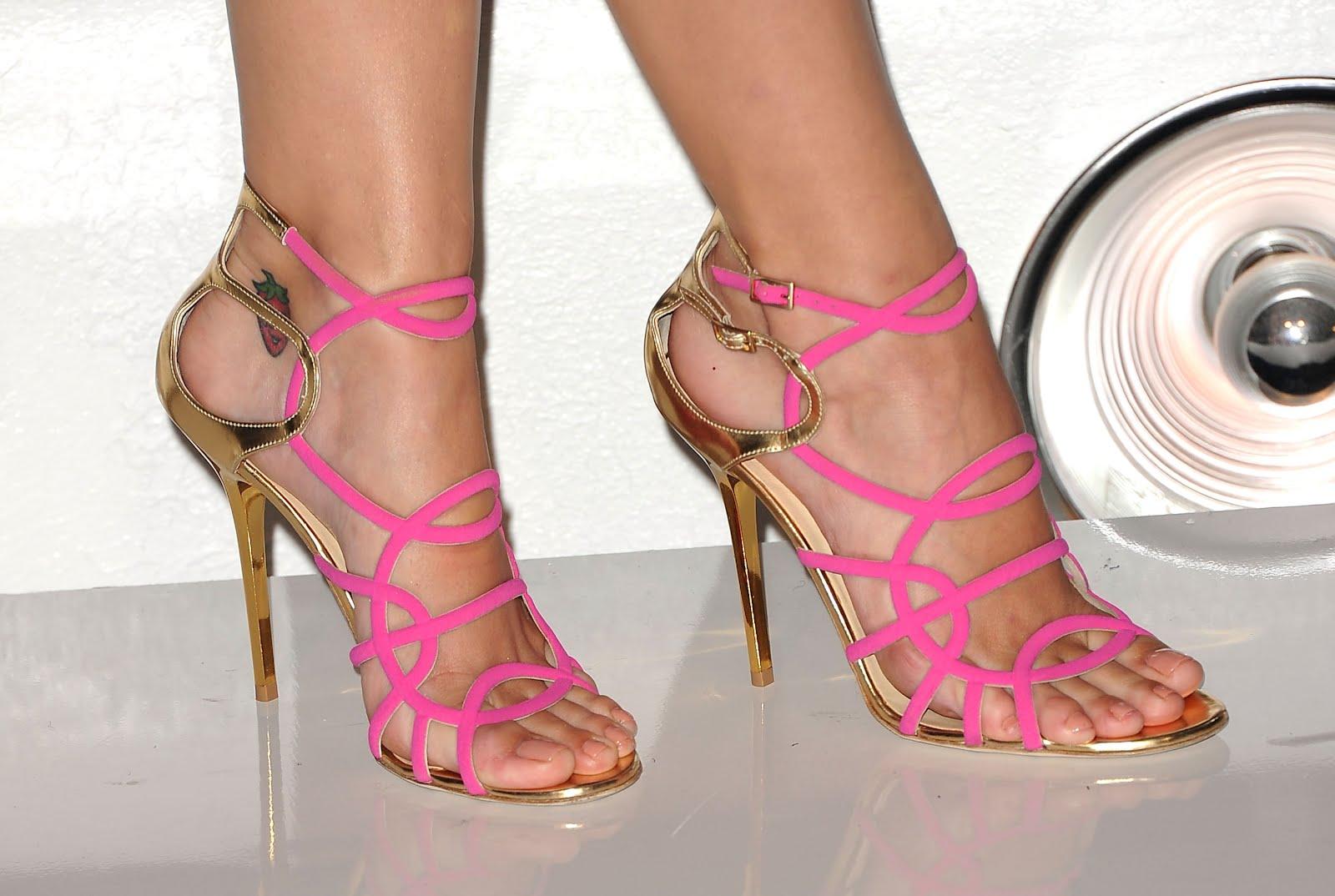 Katy Perry's feet