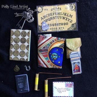 Mr Jareth Hawthorn's  accessories