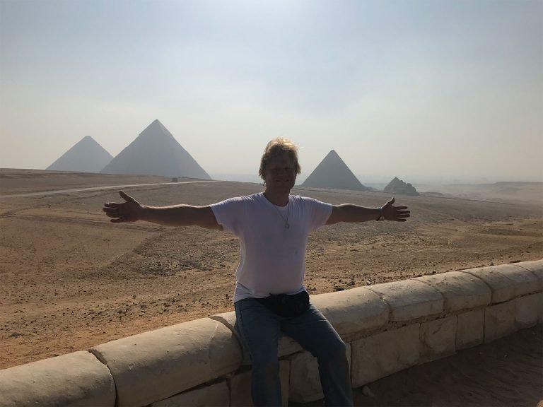 me-and-pyramids-768x576.jpg