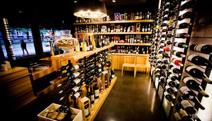 Tinto wine boutique.jpg