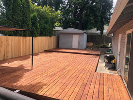 25x30 deck with stain finish