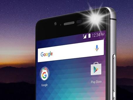 Amazon suspende venda de smartphones da Blu por motivos de segurança