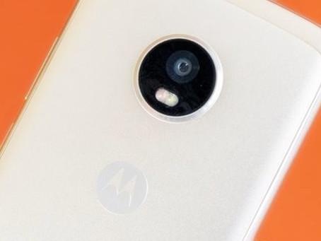 Vazamentos revelam suposta data de anúncio e especificações do Moto X4