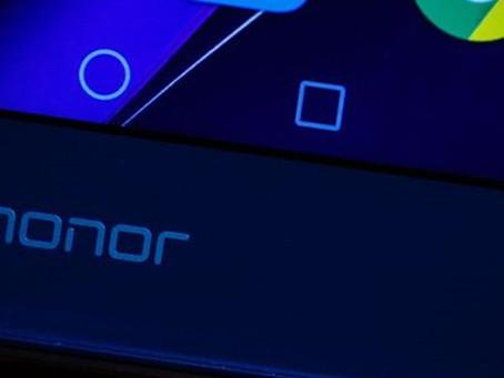 Huawei Honor 9 deve ser o próximo a abandonar entrada de fone de ouvido