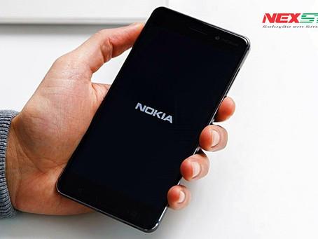 Nokia 8 prova que aguenta bem em teste de resistência [vídeo]