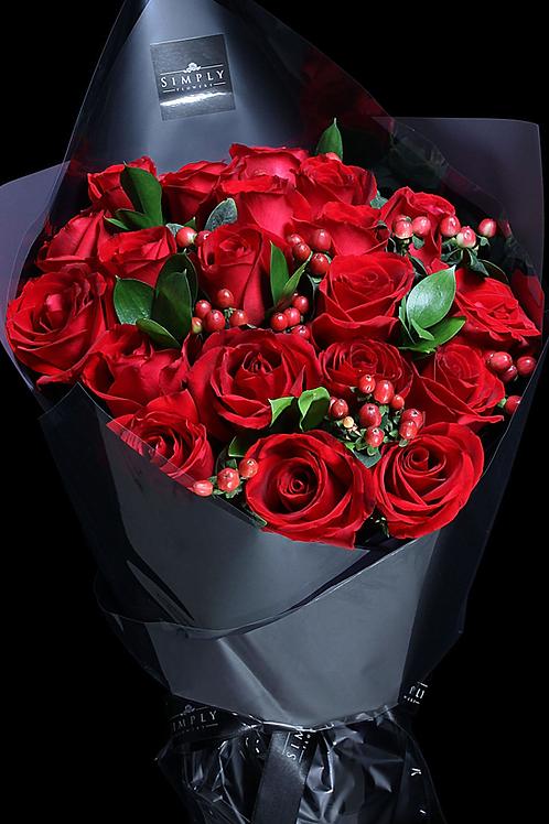 紅玫瑰+紅豆+吉葉 花束