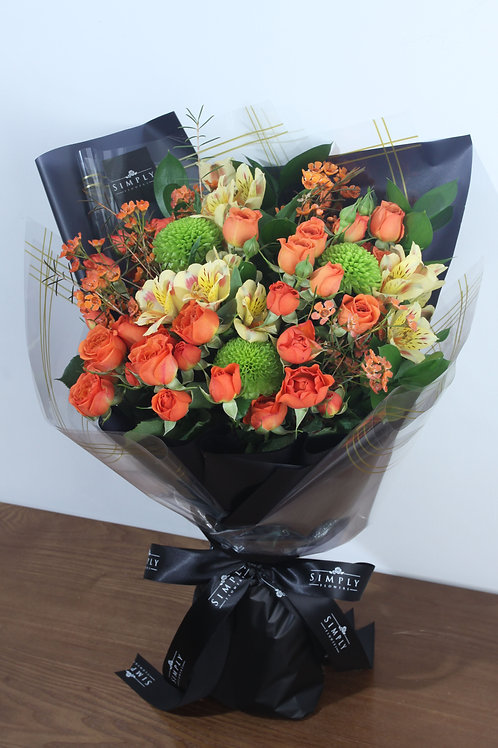 橙小玫 + 乒乓菊 +  臘梅 + 襯花