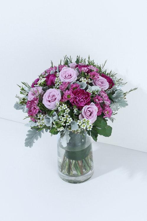 紫色玫瑰 +紫色康乃馨 + 襯花 連花瓶