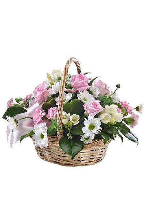 粉紅玫瑰 + 小丁+ 襯花 花藍